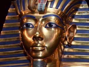 web-Tutankhamun-mask-get