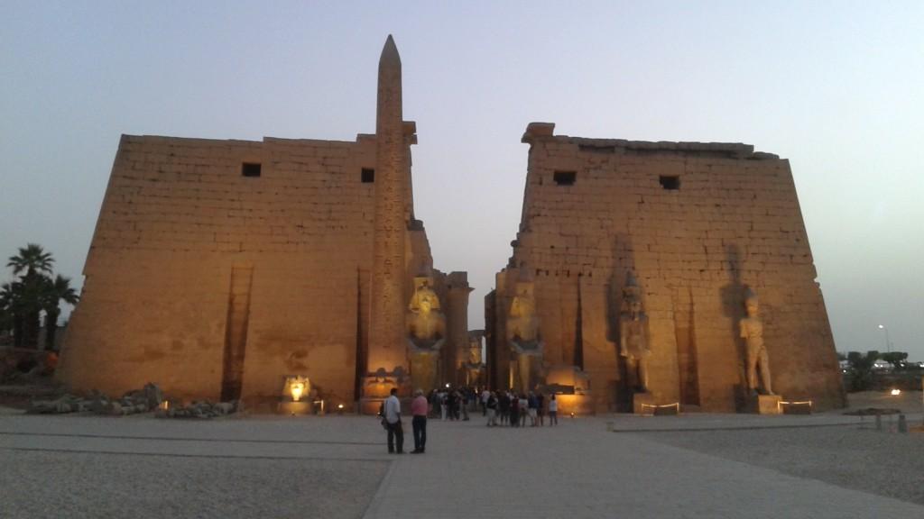 Temple Luxor tombée du jour